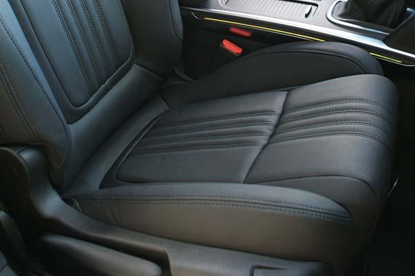 Renault Megane 4 Estate Buffalino Leder Zwart detail