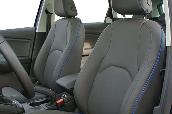 Seat Leon Buffalino Leder Zwart Bies Blauw Voorstoelen