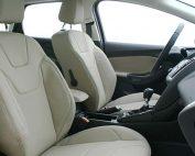 Ford Focus Alba eco-leather Pearl Voorstoelen