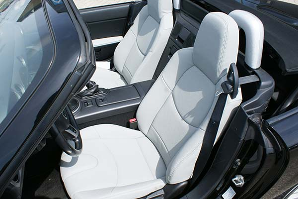 Mazda MX5 Alba eco-leather Titaniumgrijs