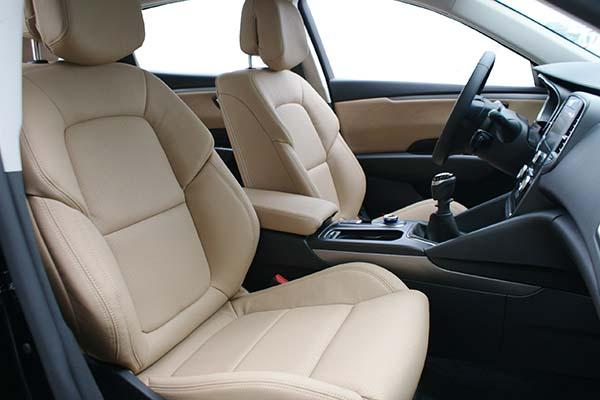 Renault Talisman Alba eco-leather Beige Geperforeerd Voorstoelen